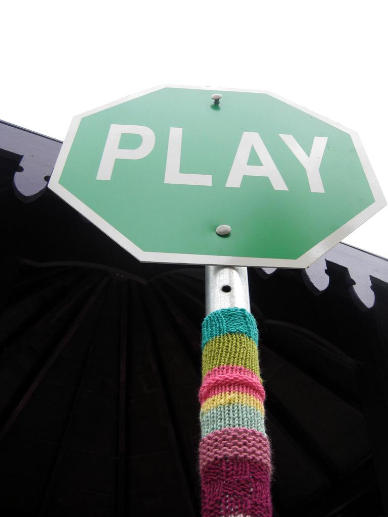 Play by grrl+dog