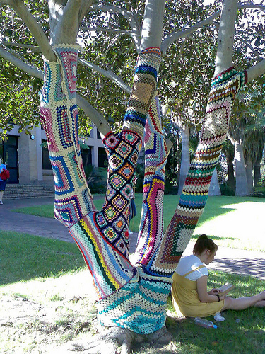 Knitted tree by Arcadia Lyons