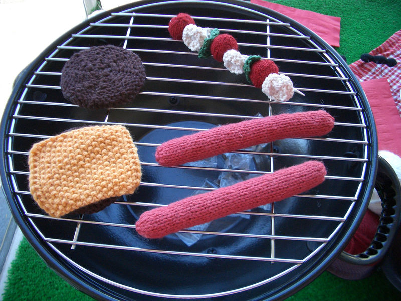 Knit bbq by katbaro