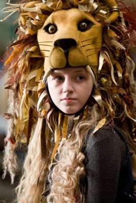 Evanna_Lynch_Gryffindor_Lion