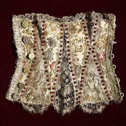 Queen_elizabeth_corset