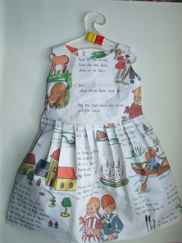 Norway_book_dress